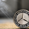ベンツが独自仮想通貨発行|自動車メーカーのブロックチェーン利用相次ぐ