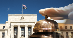 FRBパウエル議長が警鐘を鳴らす:未熟な投資家にとってビットコインはハイリスク