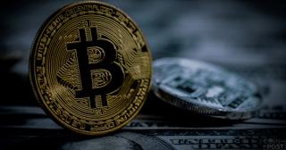 仮想通貨ビットコインの身代金支払額 6年間で約160億円相当=米FBI