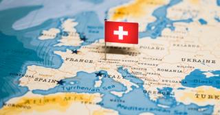 スイス政府、金融機関利用限定のデジタル通貨を支持