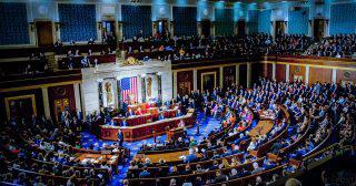 大手IT企業の仮想通貨発行を禁止する草案を米国会議員が提出|金融機関から除外を求める