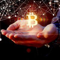 ビットコイン購入の米上場企業、高騰の恩恵「100億円超」